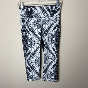 Victoria's Secret Sport Capri leggings tie dye